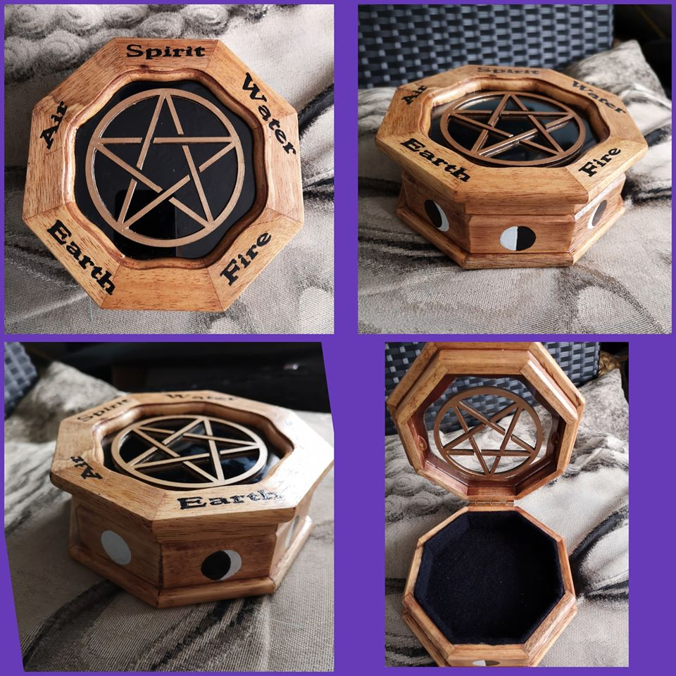 Hexagonal pentagram box